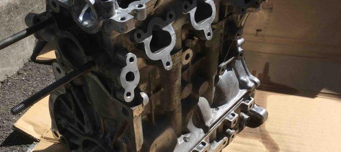 HB21S エンジンオーバーホール ヘッド組みつけ